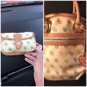 Dooney & Bourke small coin bag/wallet